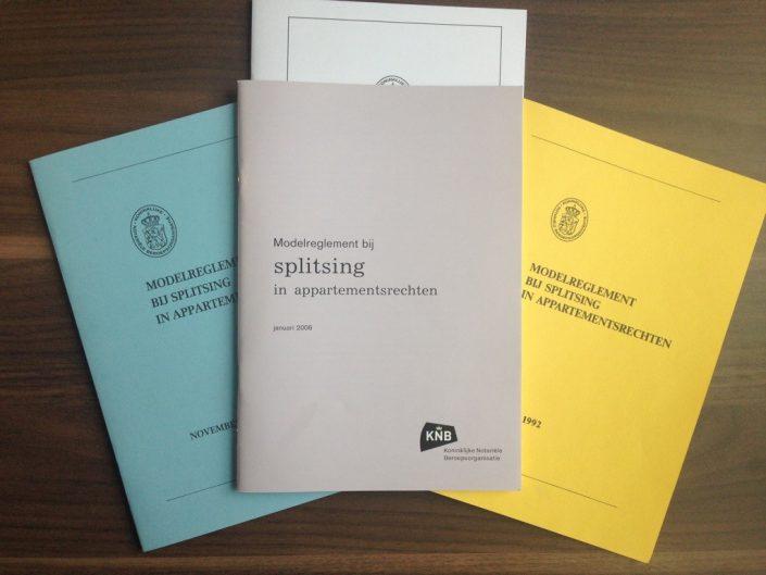 splitsingsakte_modelreglementen